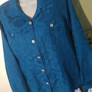 Chico's Large Top Morher of Pearl Bottons NWOT